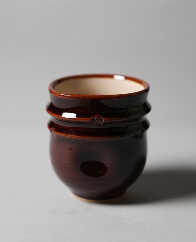 Ohi Glaze engraved tea cup
